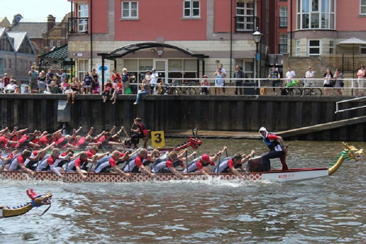 Exe-Calibre dragon boat racing at Exeter Quay
